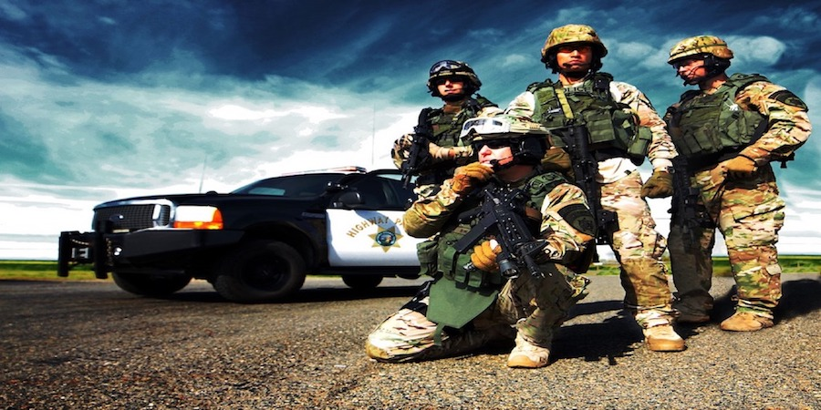 Plate carriers and tactical vests